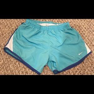 Girls Youth Large Nike shorts